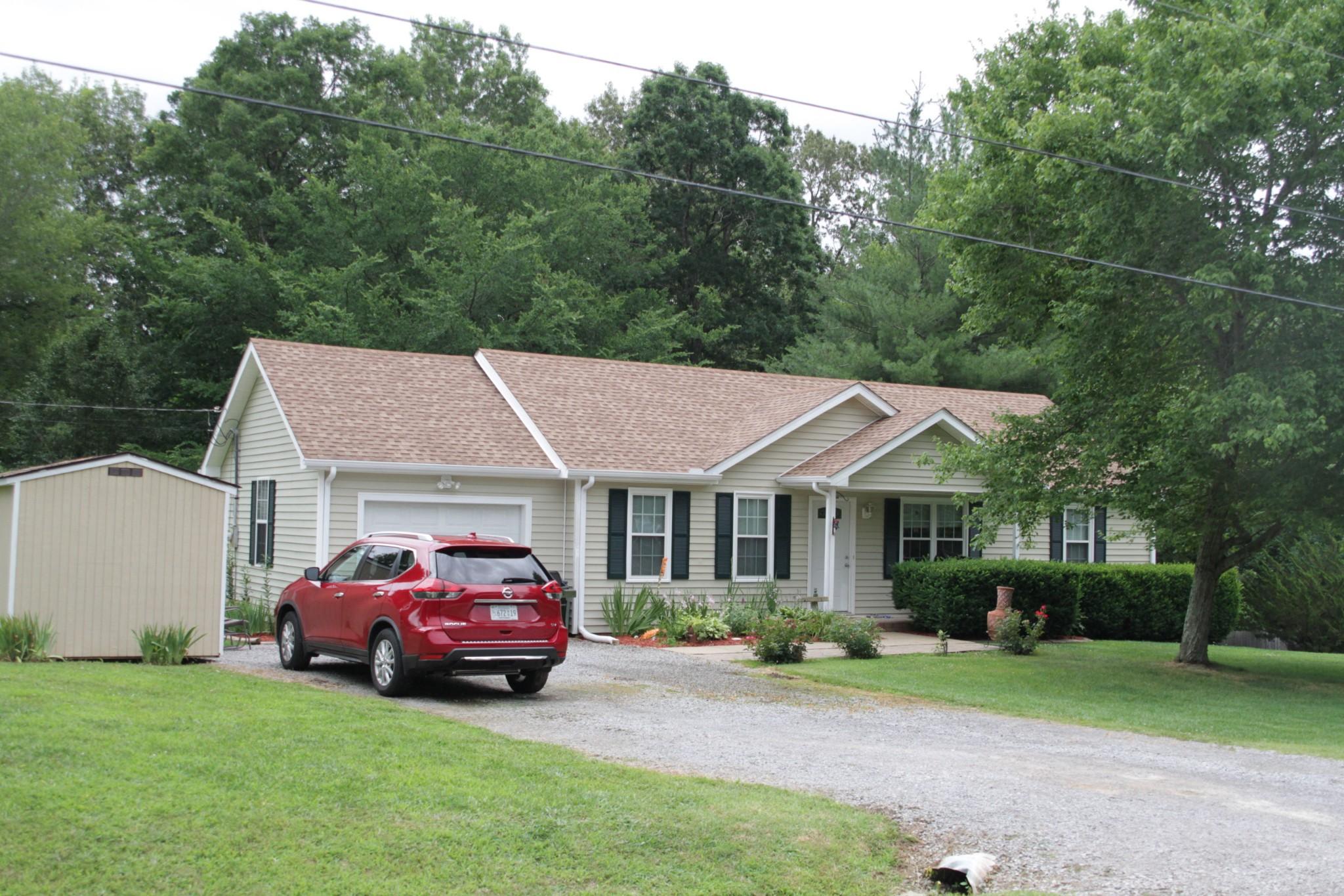 2809 HInson Road Property Photo - Woodlawn, TN real estate listing