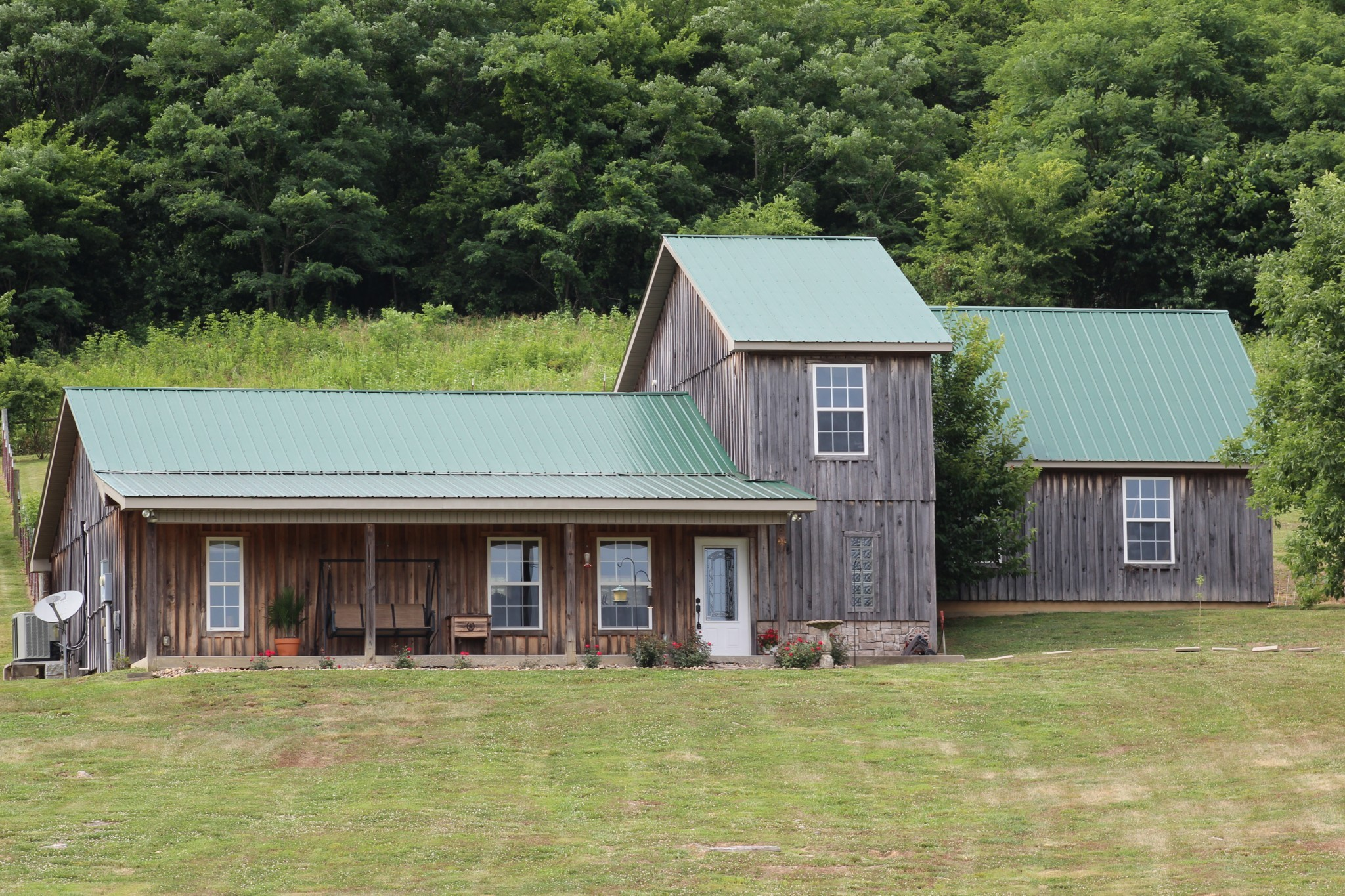 3215 Hawkins Branch Rd Property Photo - Bethpage, TN real estate listing