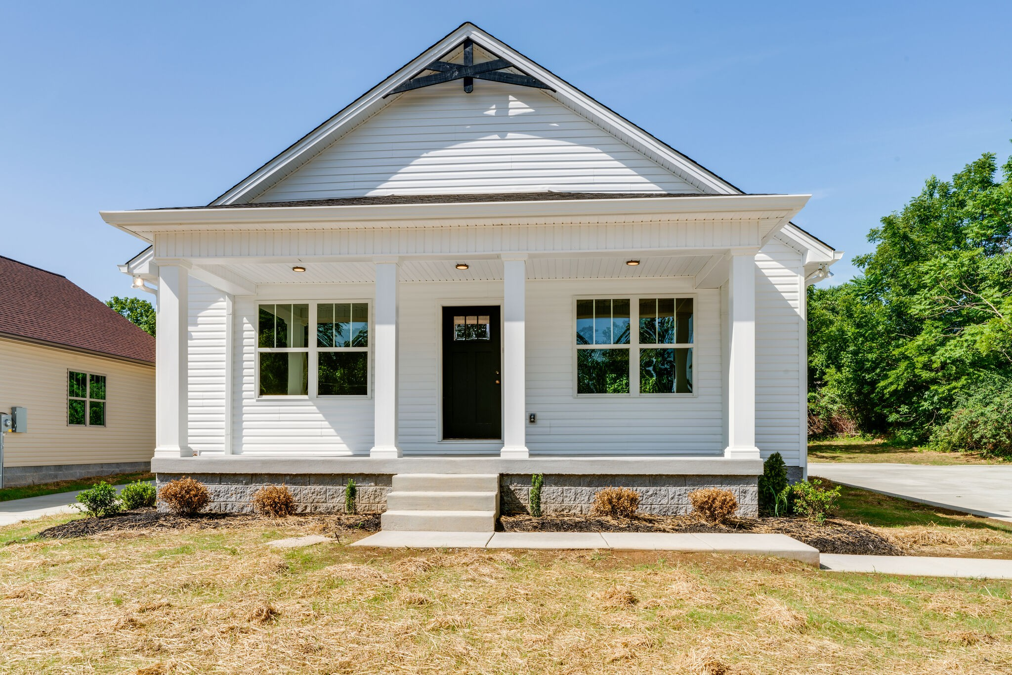 2403 17th Ave E Property Photo - Springfield, TN real estate listing