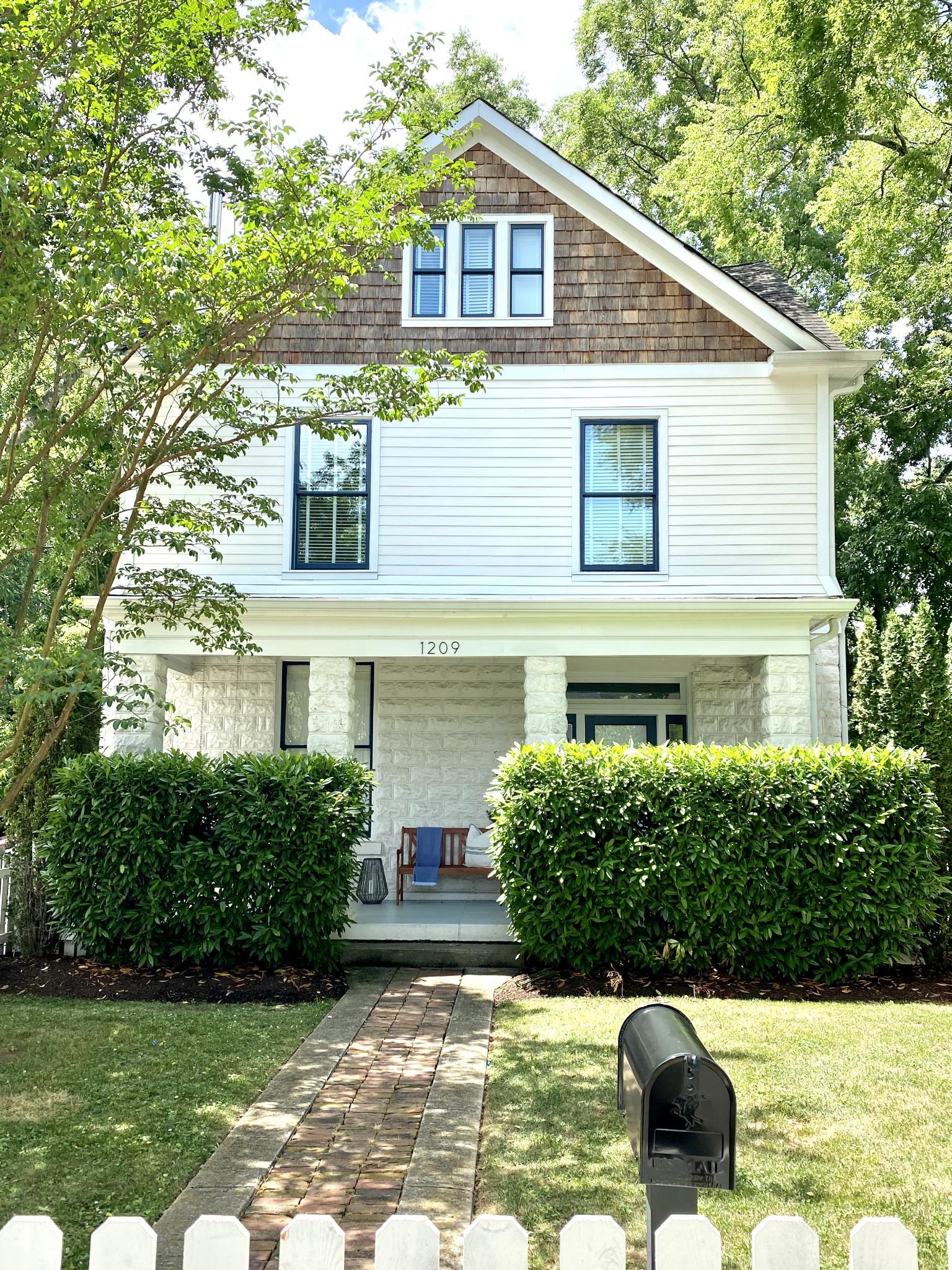 1209 Paris Ave Property Photo - Nashville, TN real estate listing
