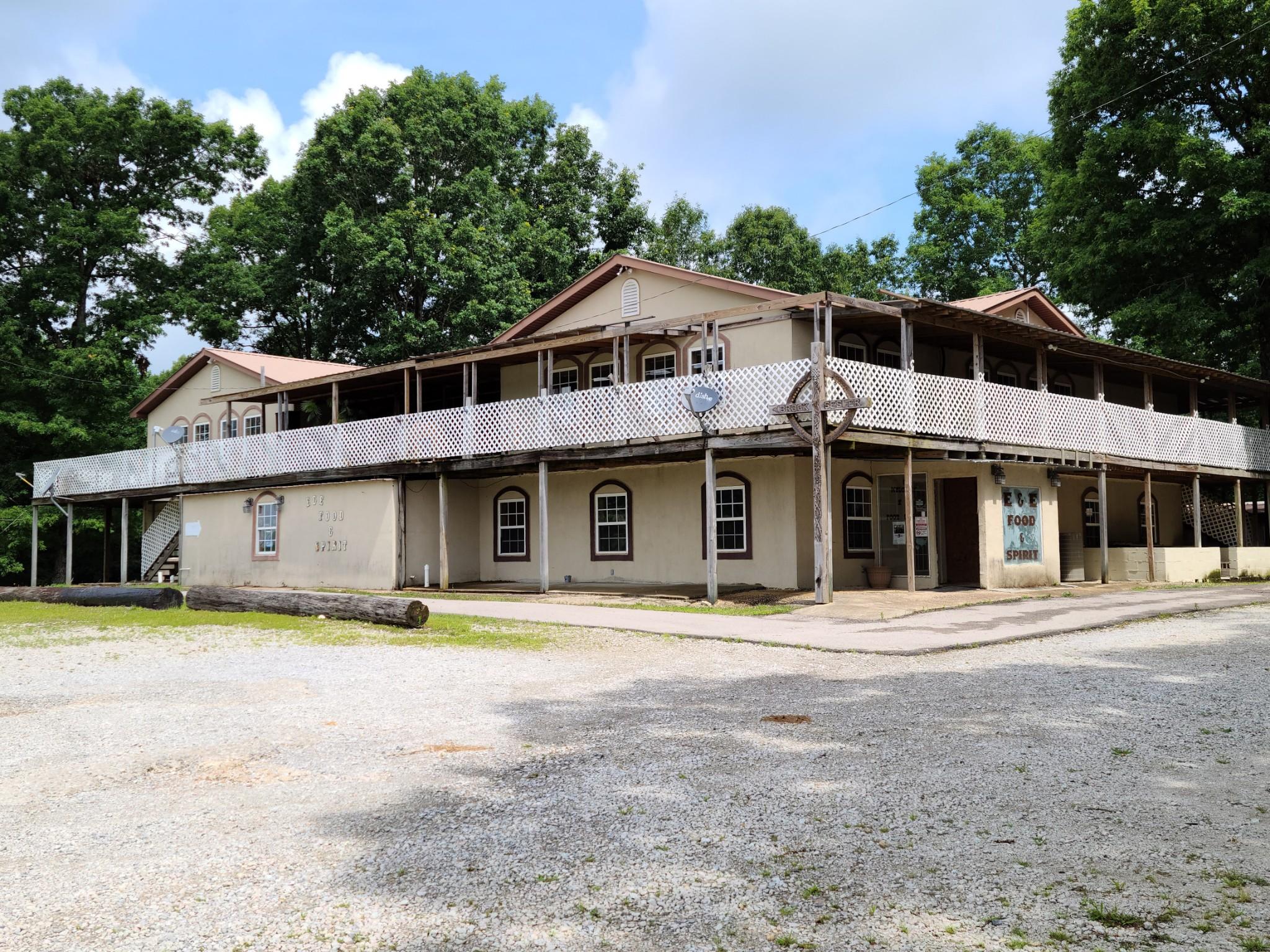 2381 Lawrenceburg Highway Property Photo