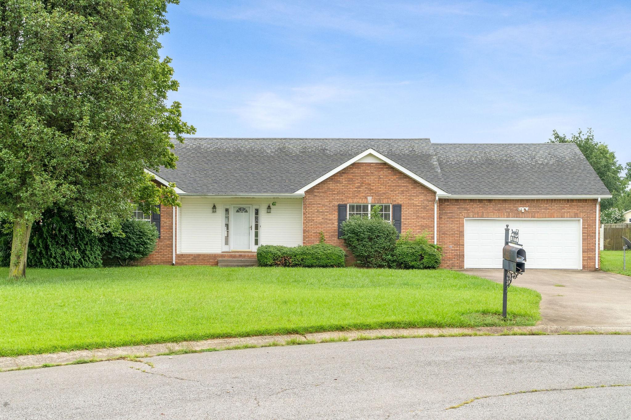 2758 Shepherds Ct Property Photo - Woodlawn, TN real estate listing