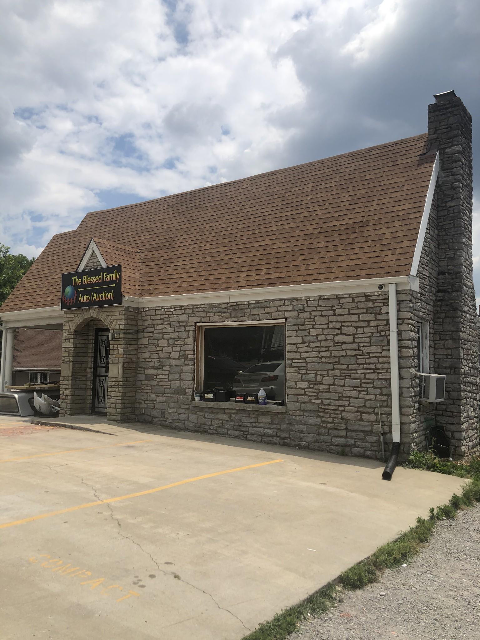 264 E Old Hickory Blvd Property Photo - Madison, TN real estate listing