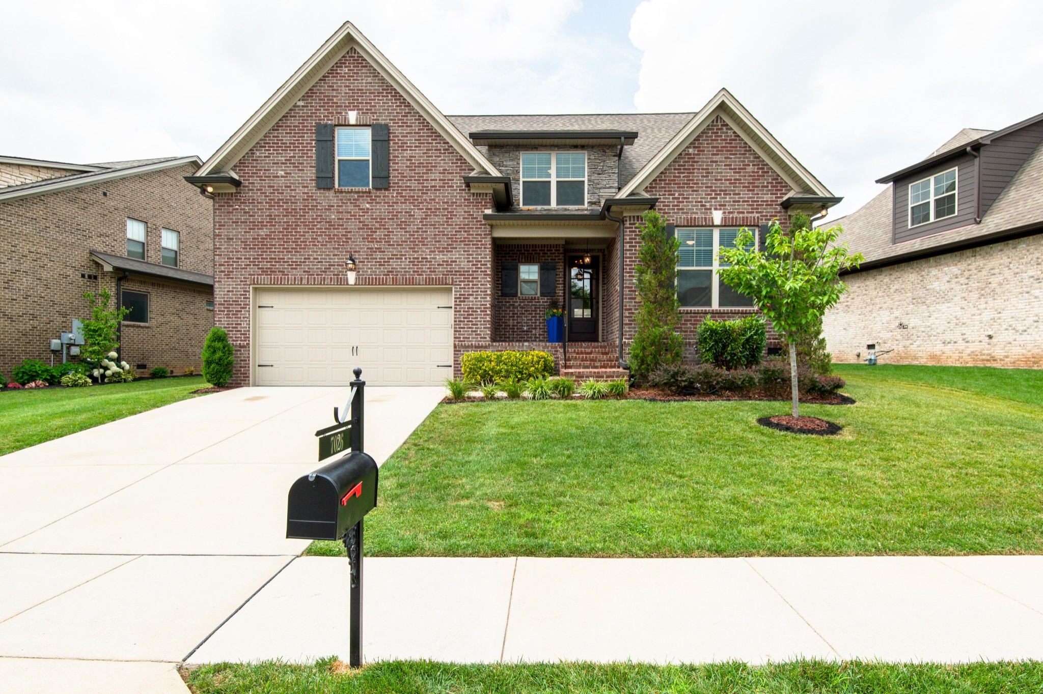 Arbors @ Autumn Ridge Ph7 Real Estate Listings Main Image