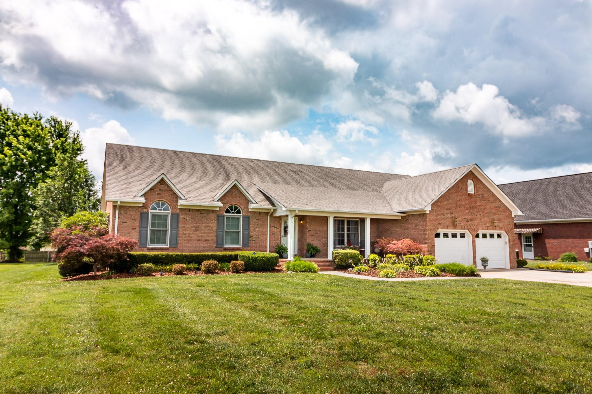 703 Toben Ter Property Photo - Lawrenceburg, TN real estate listing