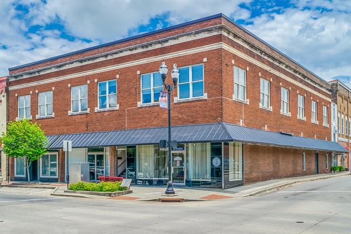 131 E Main St Property Photo - Mc Minnville, TN real estate listing