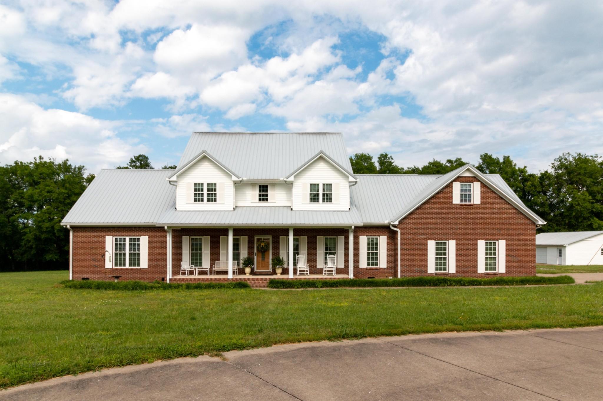 2300 Claude Fox Rd Property Photo - Cornersville, TN real estate listing