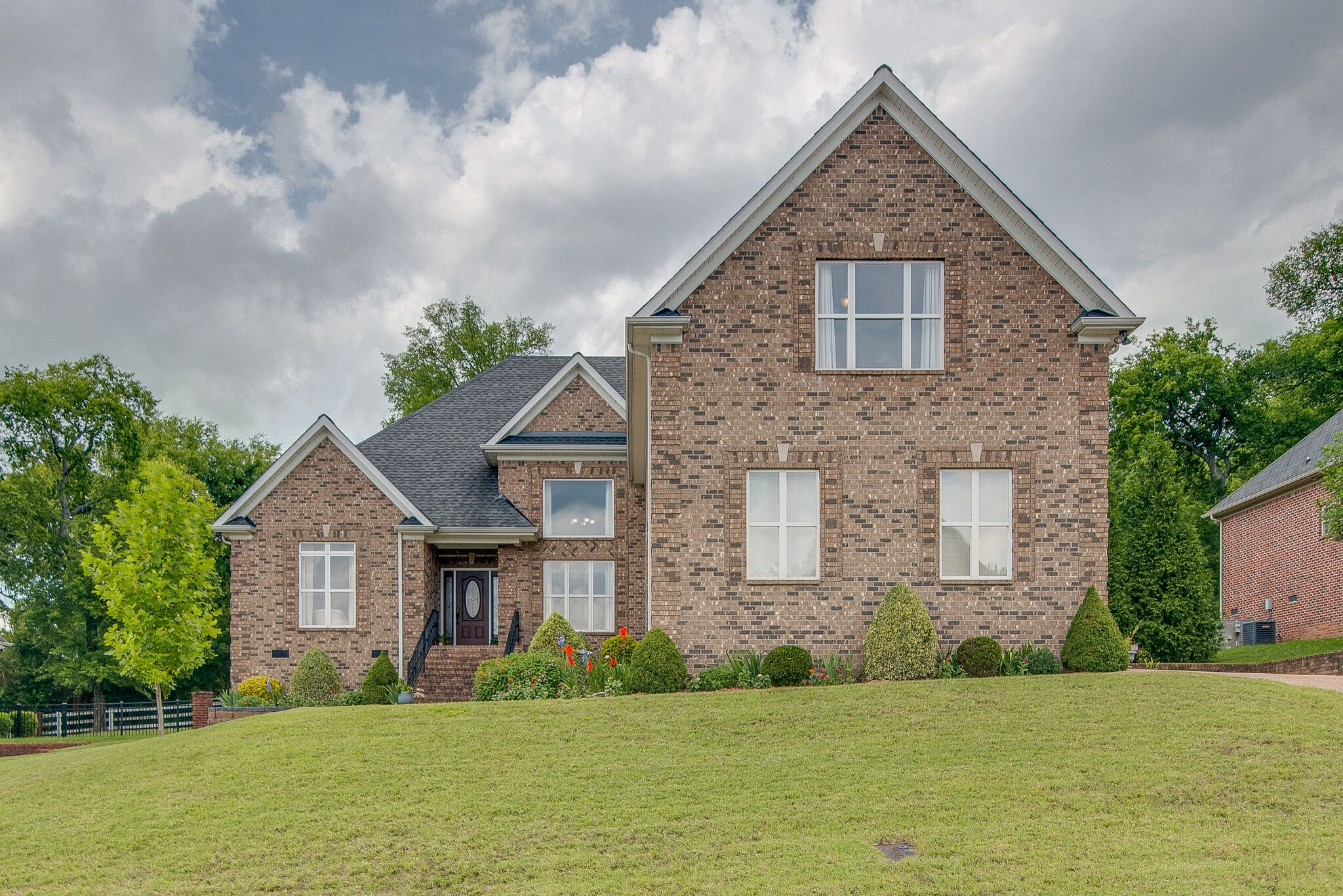 1528 Stokely Lane Property Photo - Old Hickory, TN real estate listing