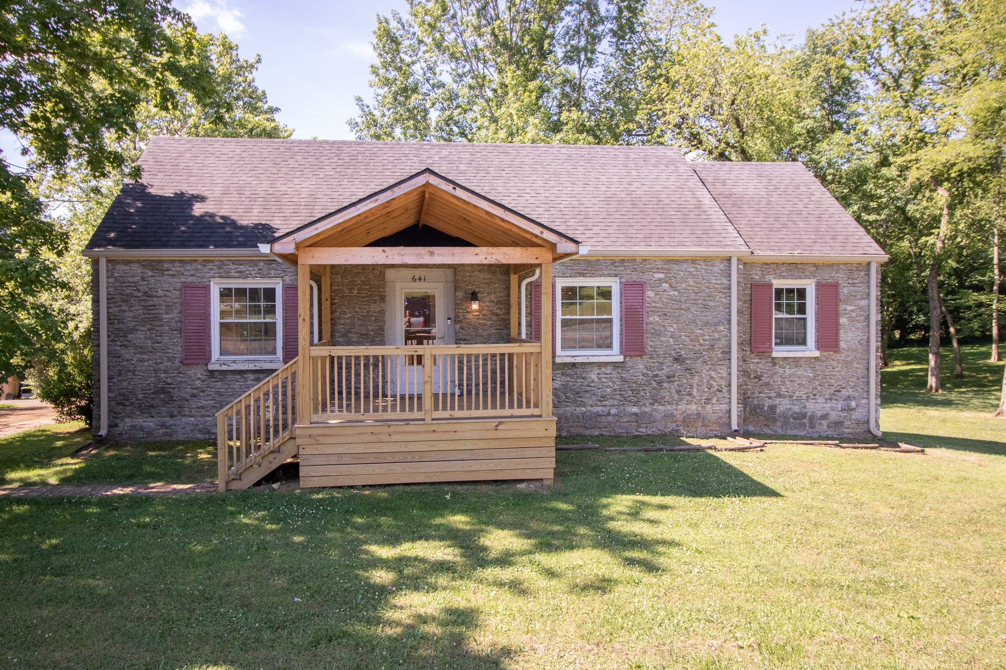 641 W Old Hickory Blvd Property Photo - Madison, TN real estate listing