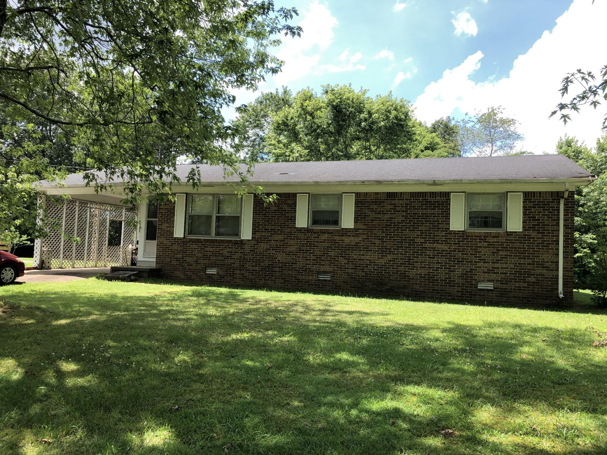613 Brenda Ave Property Photo - Loretto, TN real estate listing