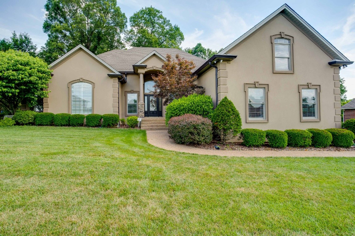 3008 Edgemont Dr Property Photo - Clarksville, TN real estate listing