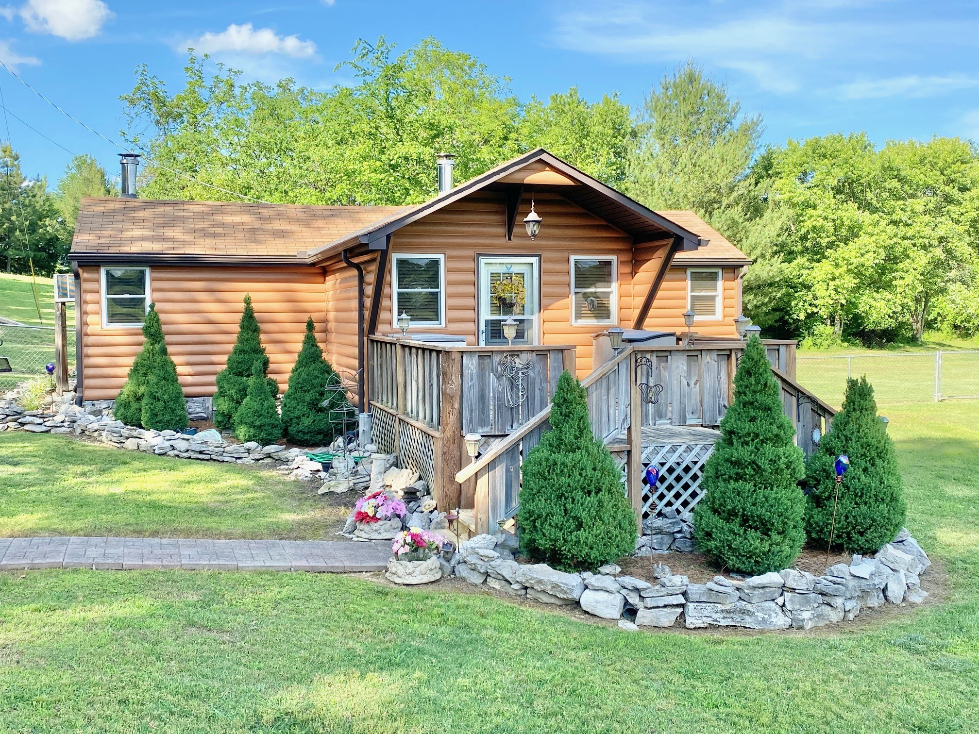 109 S Smith Hollow Ln Property Photo - Brush Creek, TN real estate listing