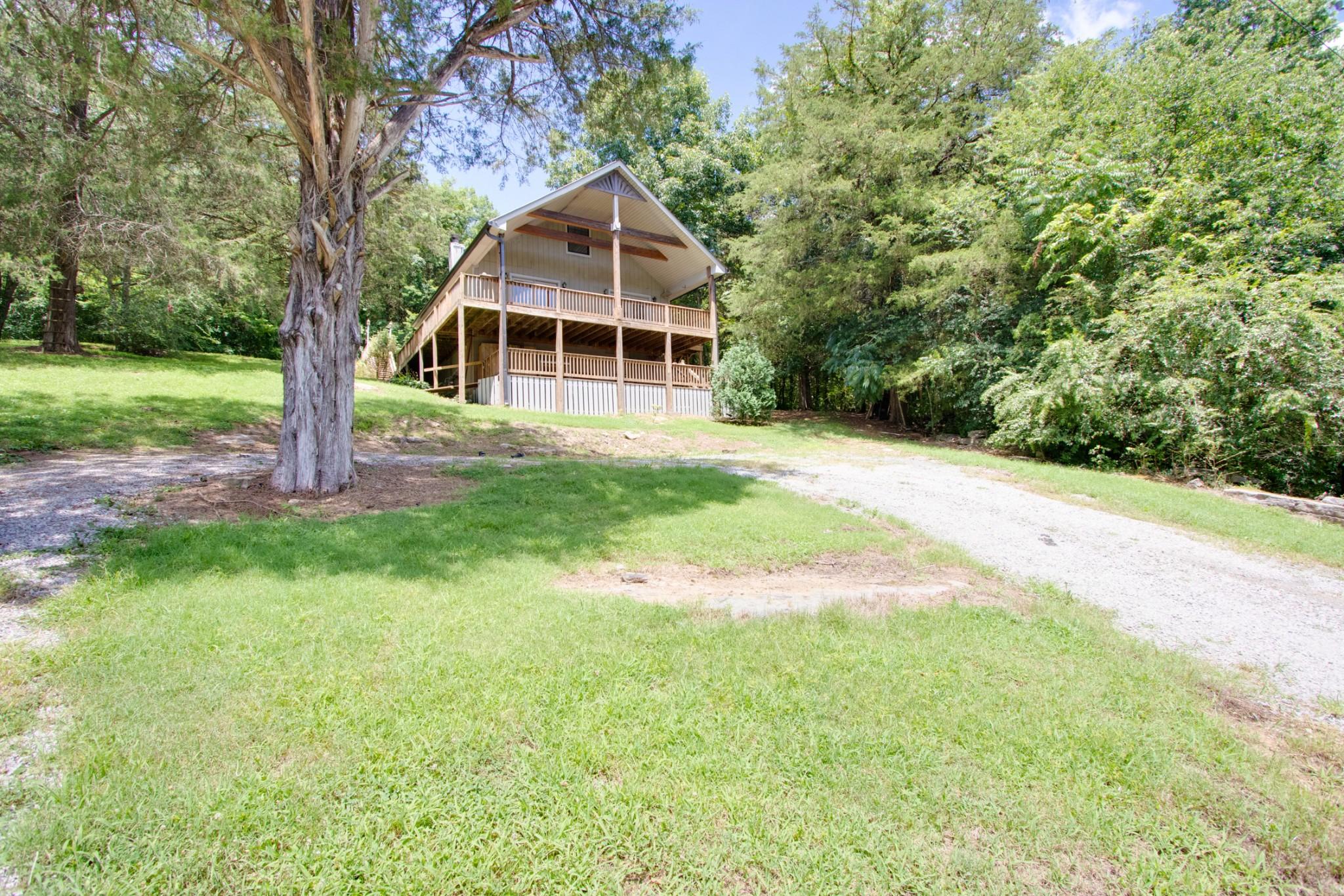 241 Lakeside Dr Property Photo