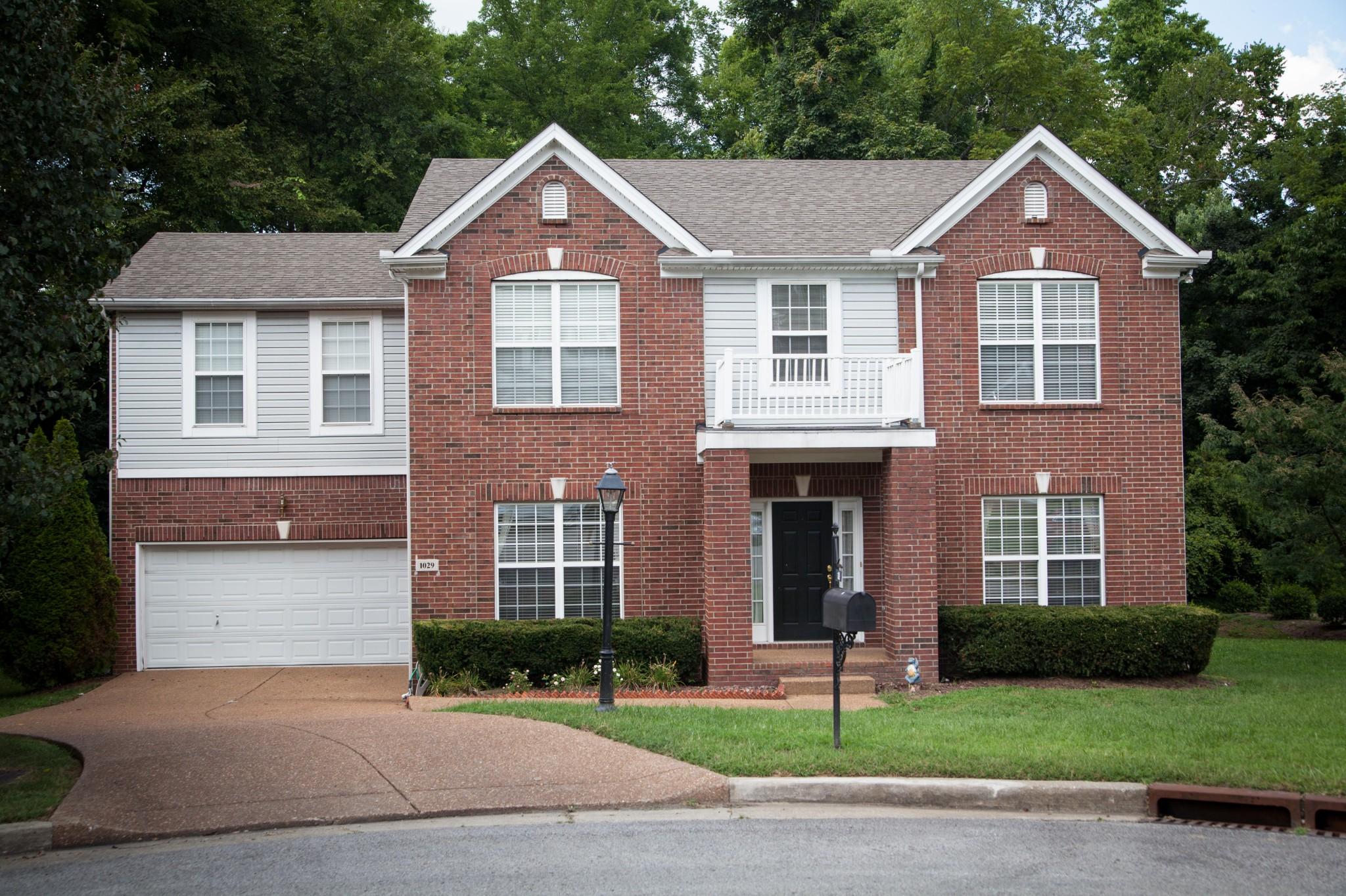 1029 Heathfield Cir Property Photo - Brentwood, TN real estate listing