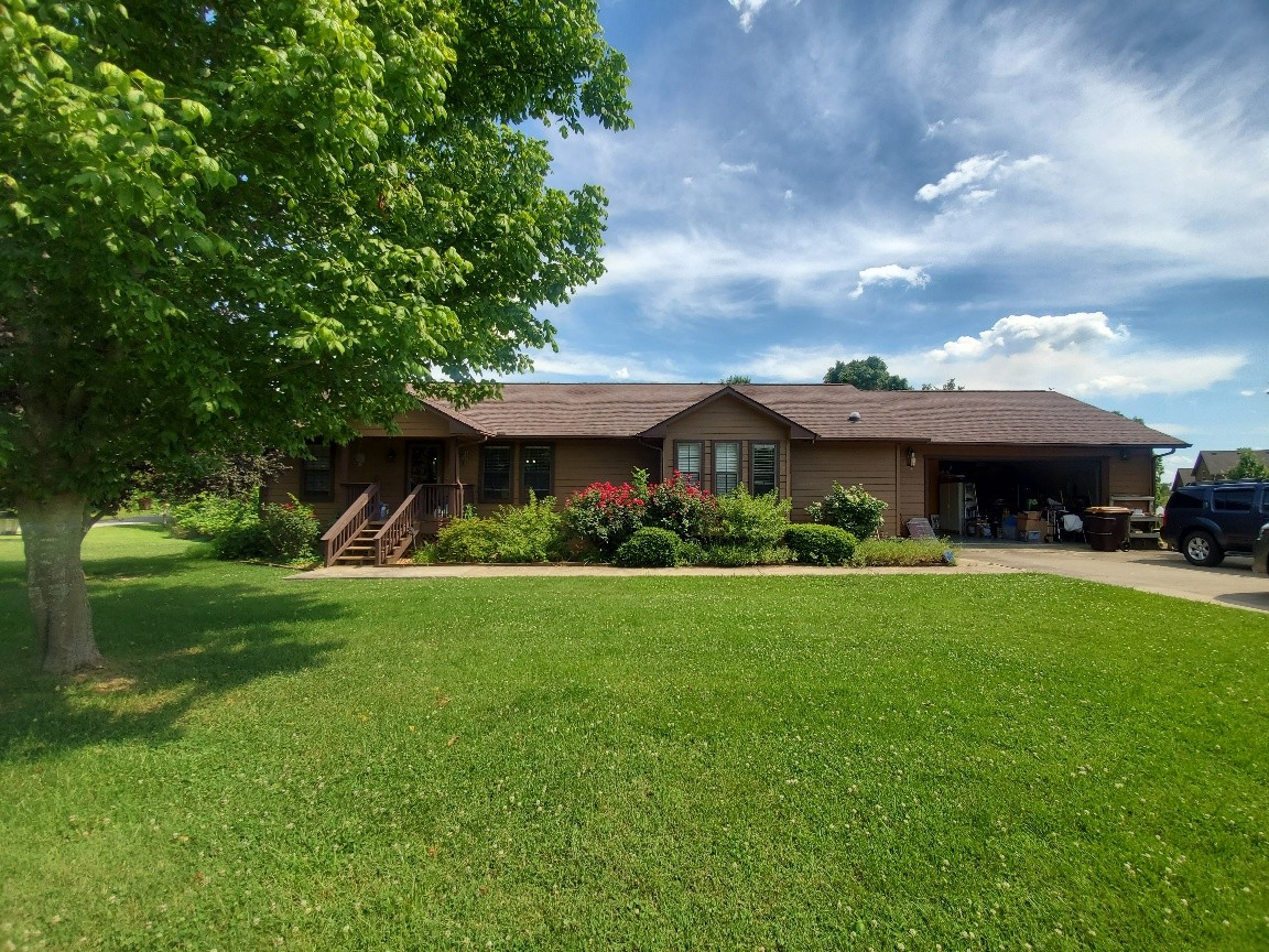 111 Jerry Smith Rd Property Photo - Indian Mound, TN real estate listing