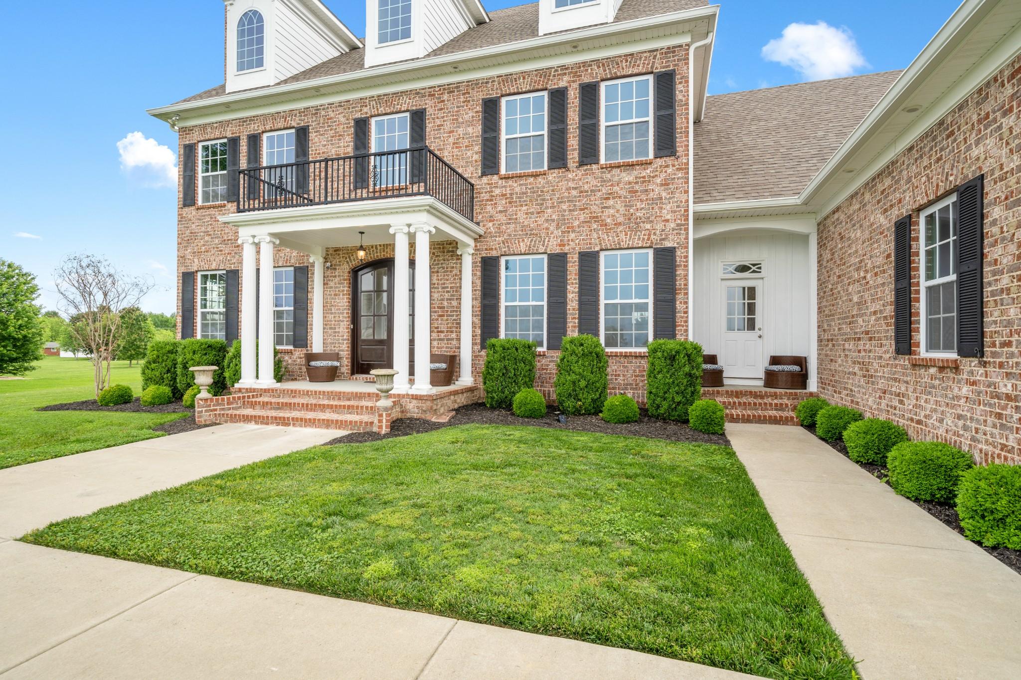 810 Yorkbar Ct Property Photo