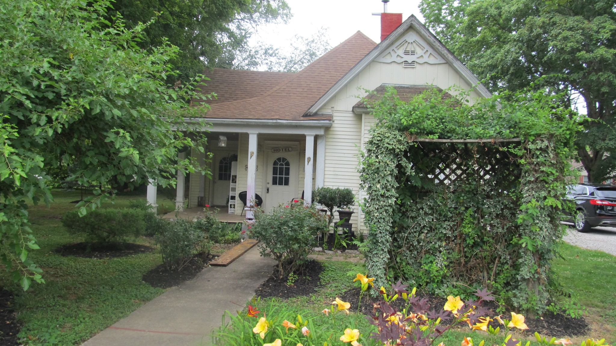 514 Parks Street Property Photo - Guthrie, KY real estate listing