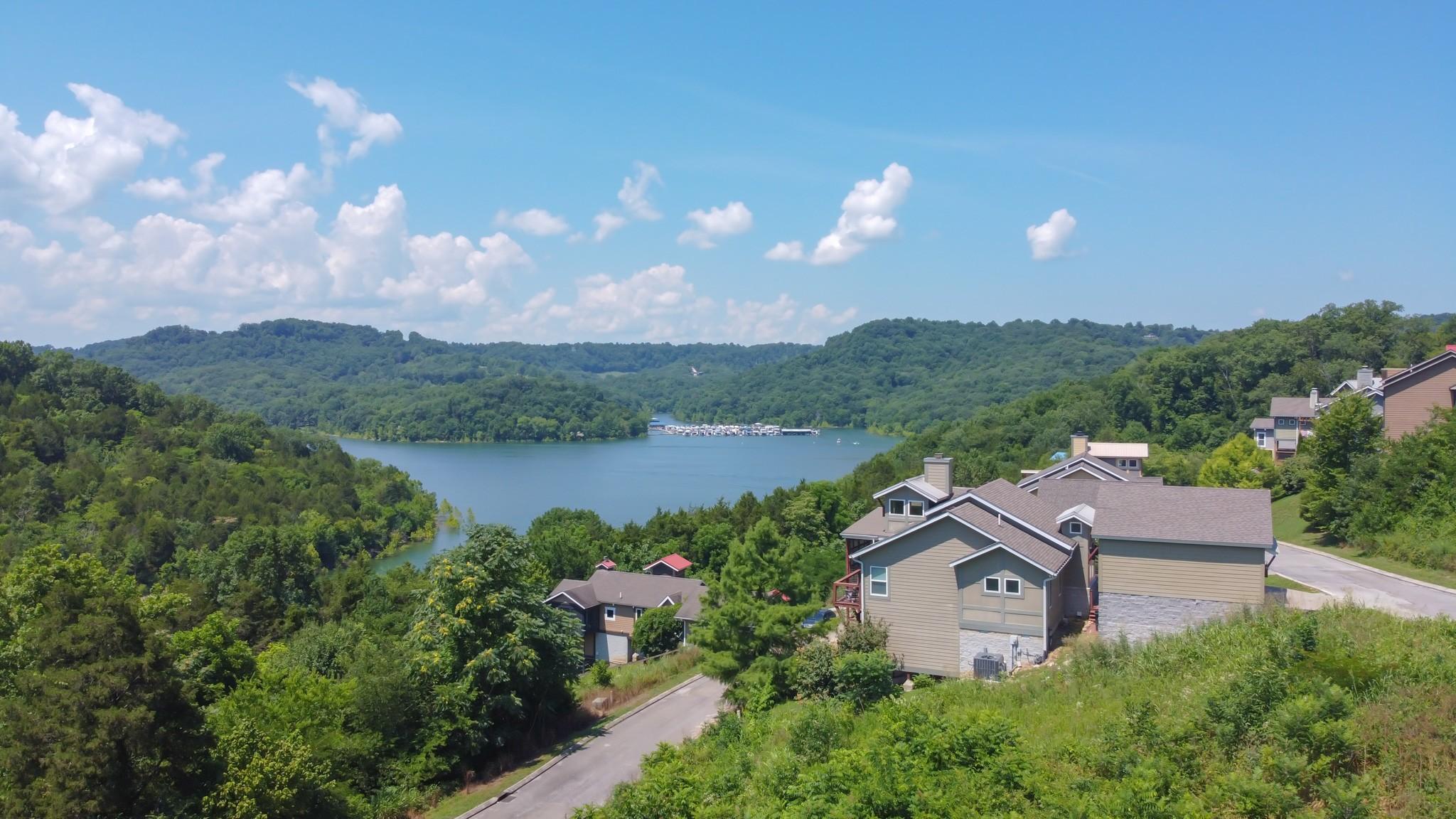 152 Sandgate Ct Property Photo - Smithville, TN real estate listing