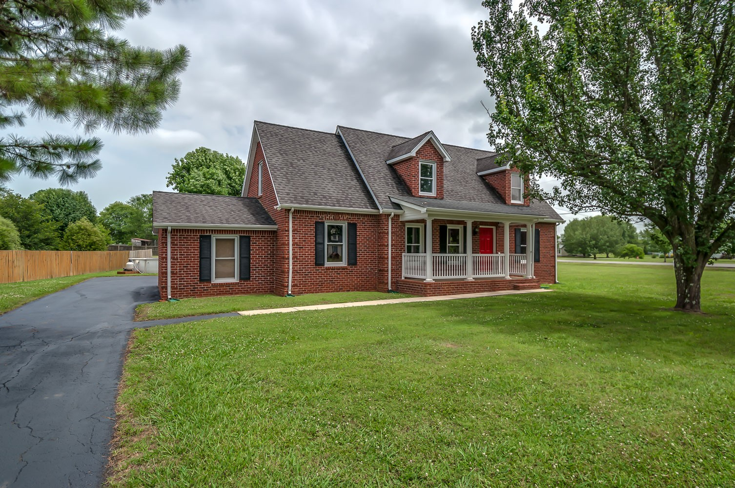 1700 Charger Ct Property Photo - Rockvale, TN real estate listing