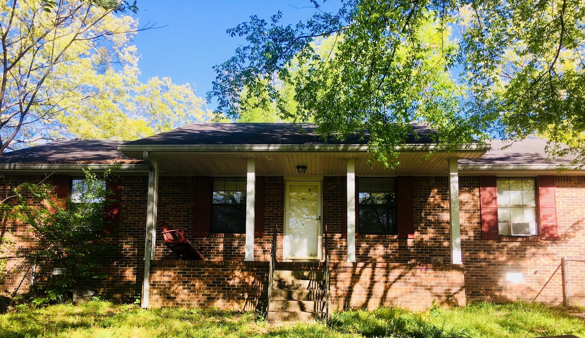129 Oak St Property Photo - Ashland City, TN real estate listing