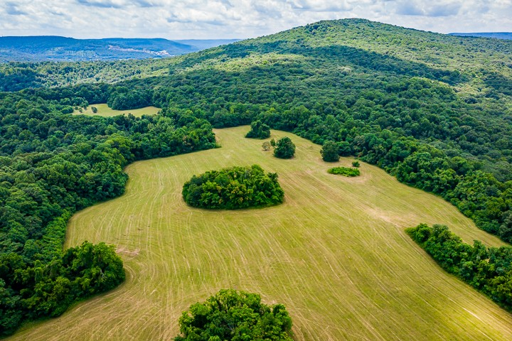 324 C Cardwell Rd Property Photo - Mc Minnville, TN real estate listing