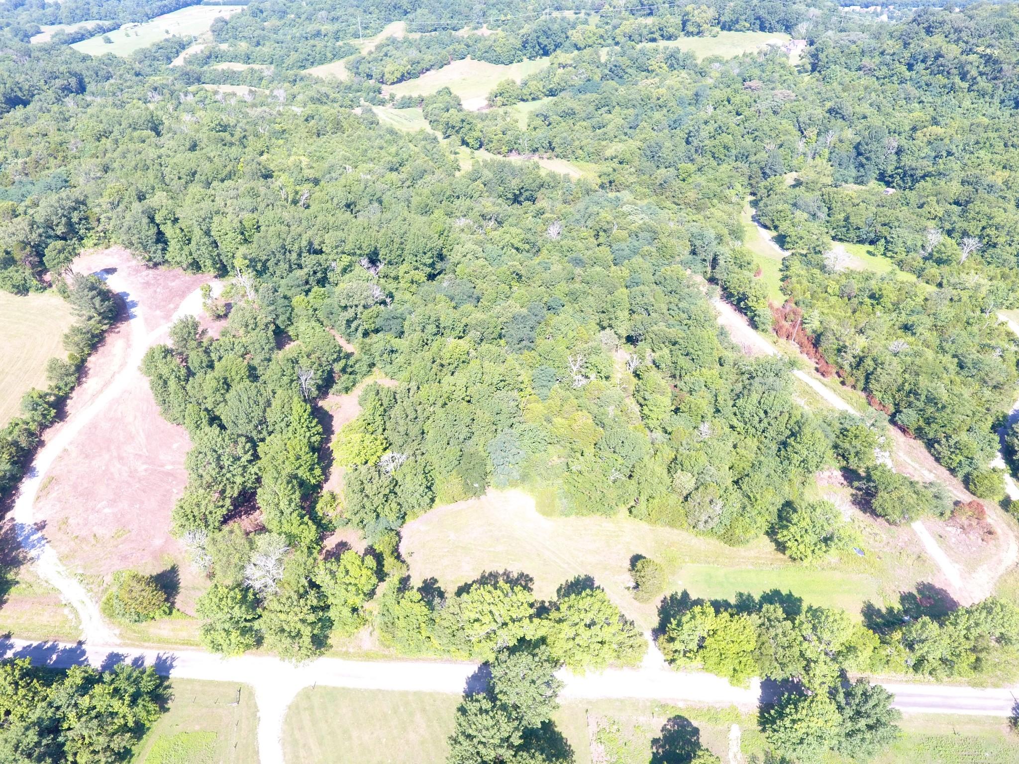 2798 Cherry Corner Rd Property Photo - Cornersville, TN real estate listing