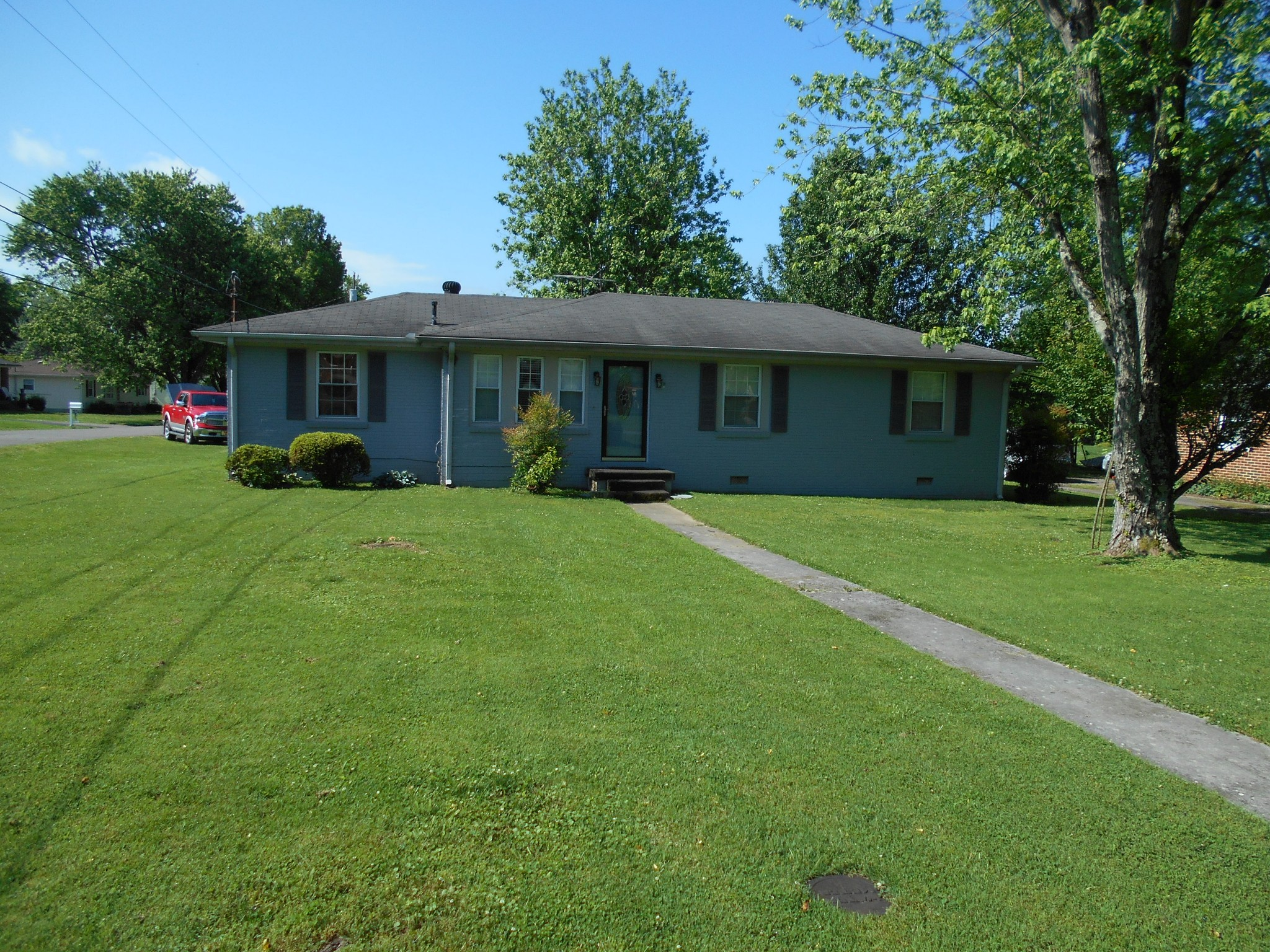 233 Silver St Property Photo - Watertown, TN real estate listing