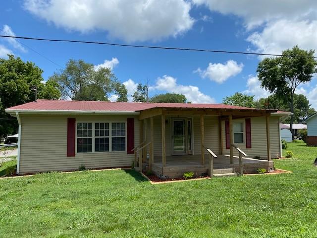 406 4th Ave N Property Photo - Decherd, TN real estate listing