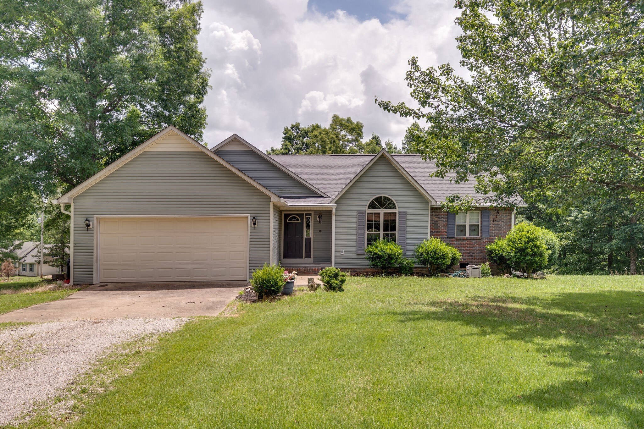 271 James Zimmerman Rd Property Photo - Hampshire, TN real estate listing