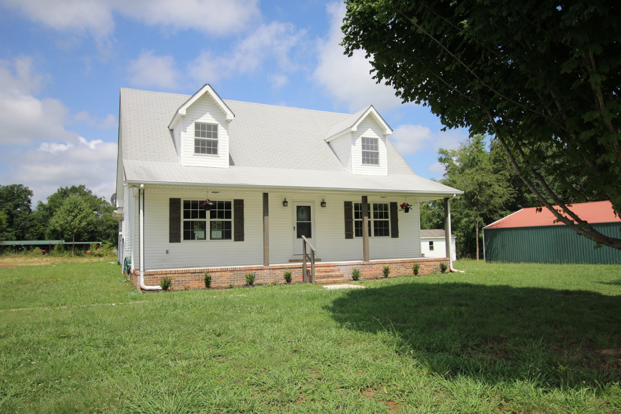 280 Thompson Rd Property Photo