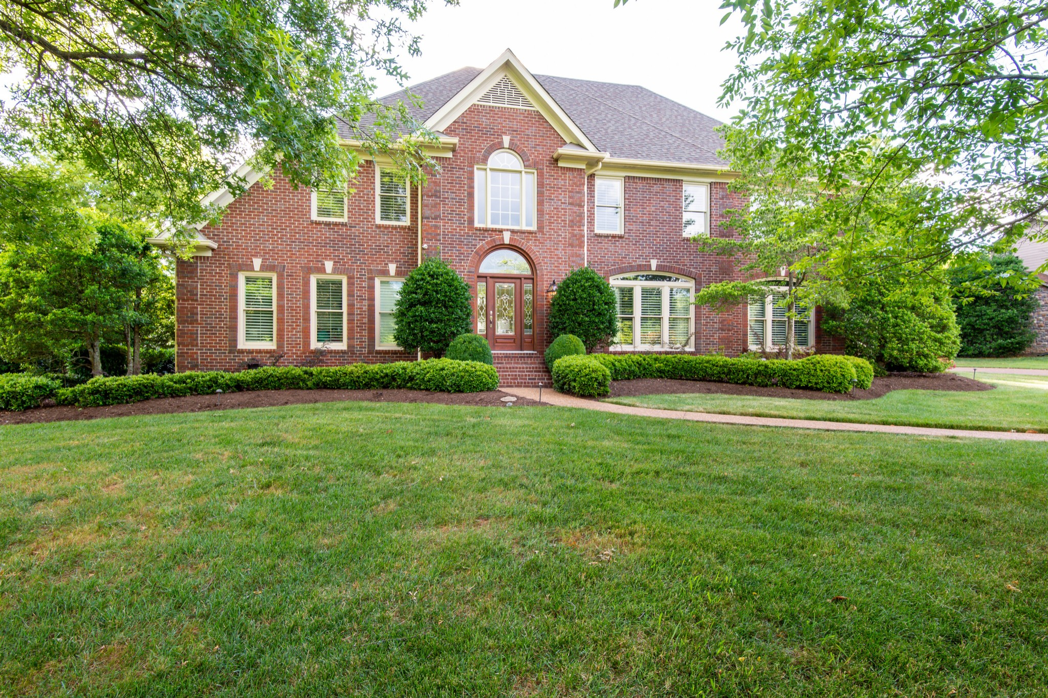 336 Lake Valley Dr Property Photo - Franklin, TN real estate listing