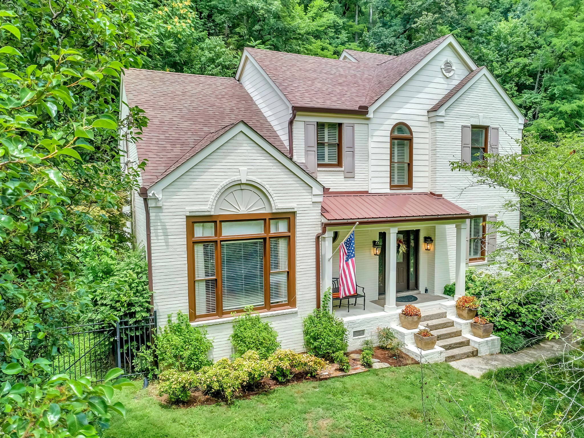 192 Carnavon Pkwy Property Photo - Nashville, TN real estate listing