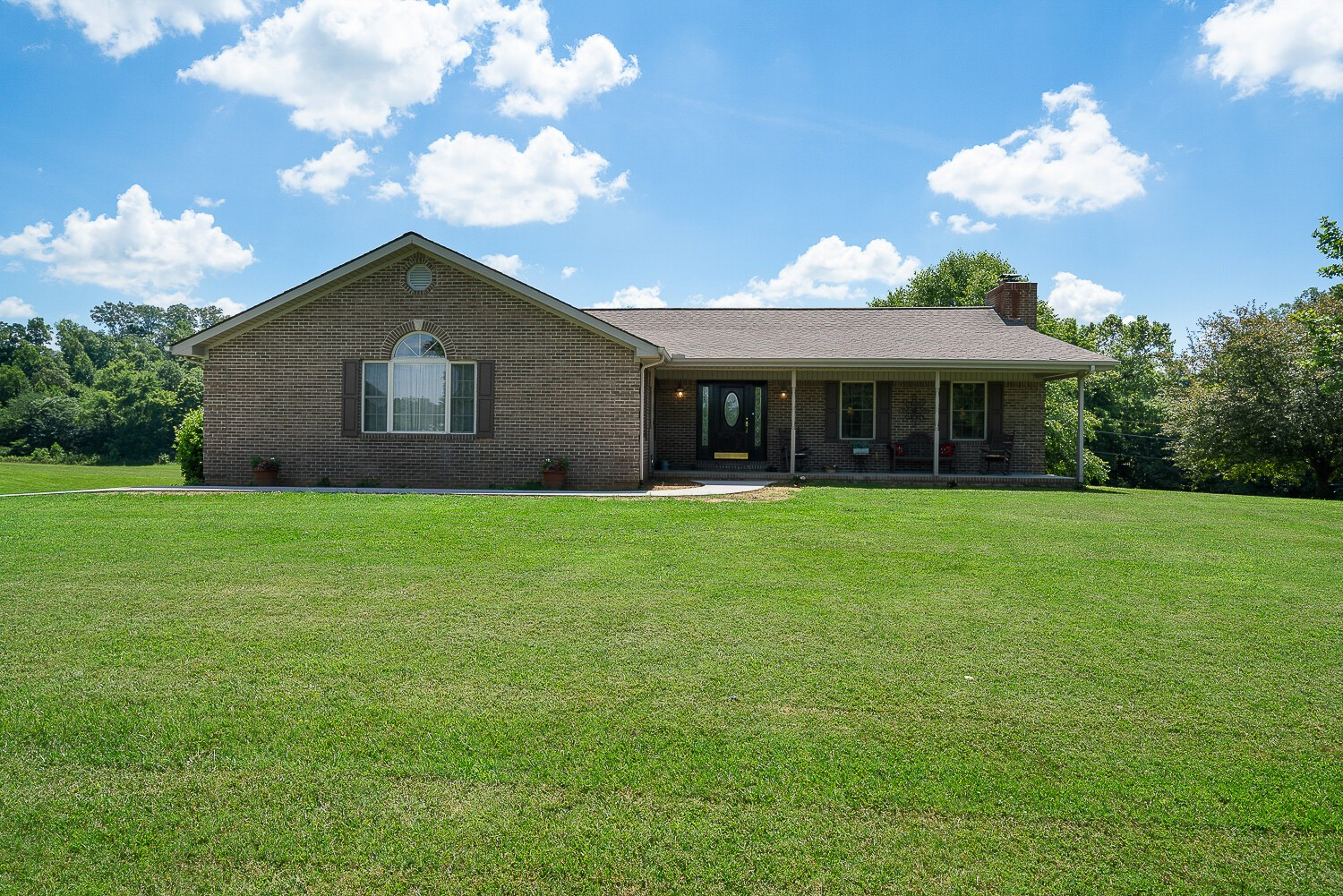 4141 Gunnels Rd Property Photo - Byrdstown, TN real estate listing