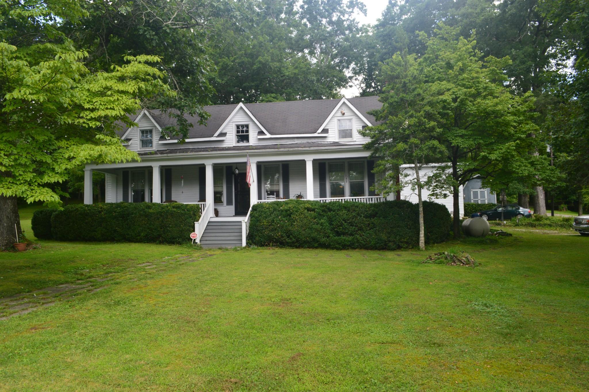 135 Oak St Property Photo - Tracy City, TN real estate listing