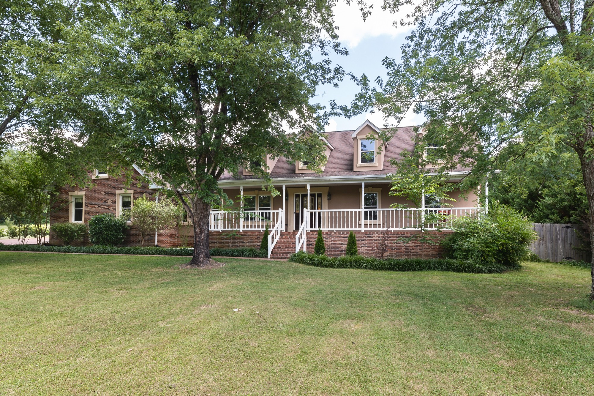 1152 Madison Creek Rd Property Photo - Goodlettsville, TN real estate listing