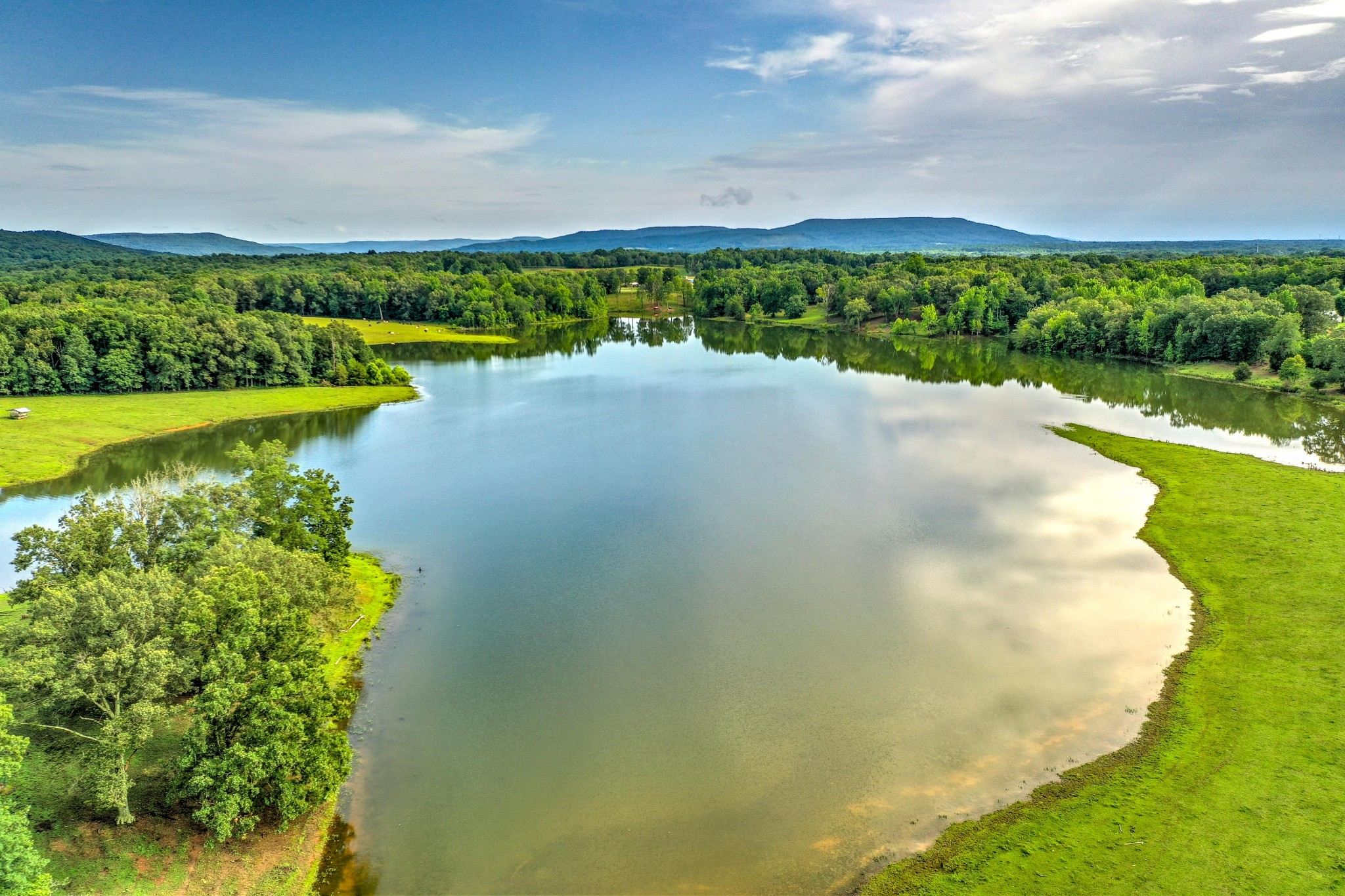 242 Lake Karen Rd Property Photo - Mc Minnville, TN real estate listing