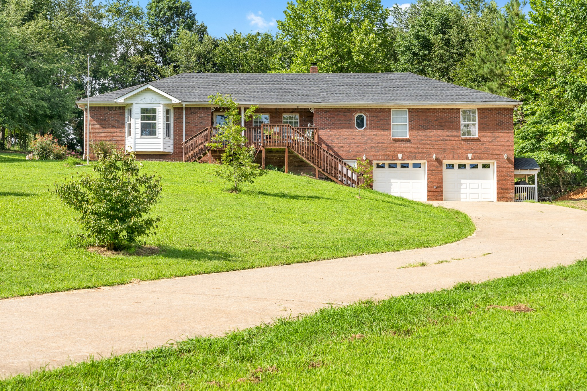 129 Swift Ln Property Photo - Cunningham, TN real estate listing