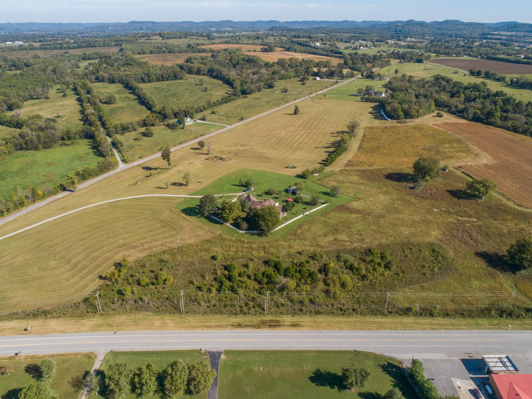 100 Governor Hall Rd Property Photo - Castalian Springs, TN real estate listing