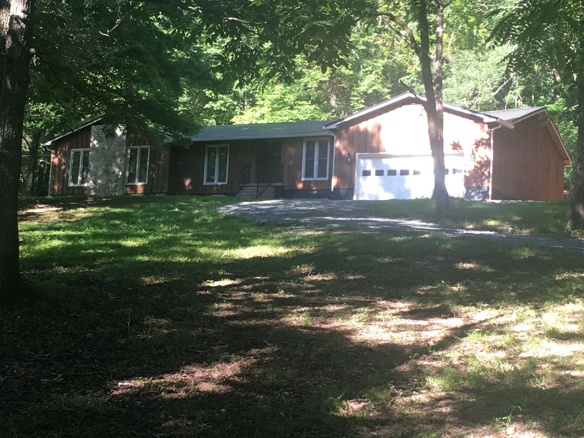 1310 Horse Mtn Rd Property Photo - Wartrace, TN real estate listing