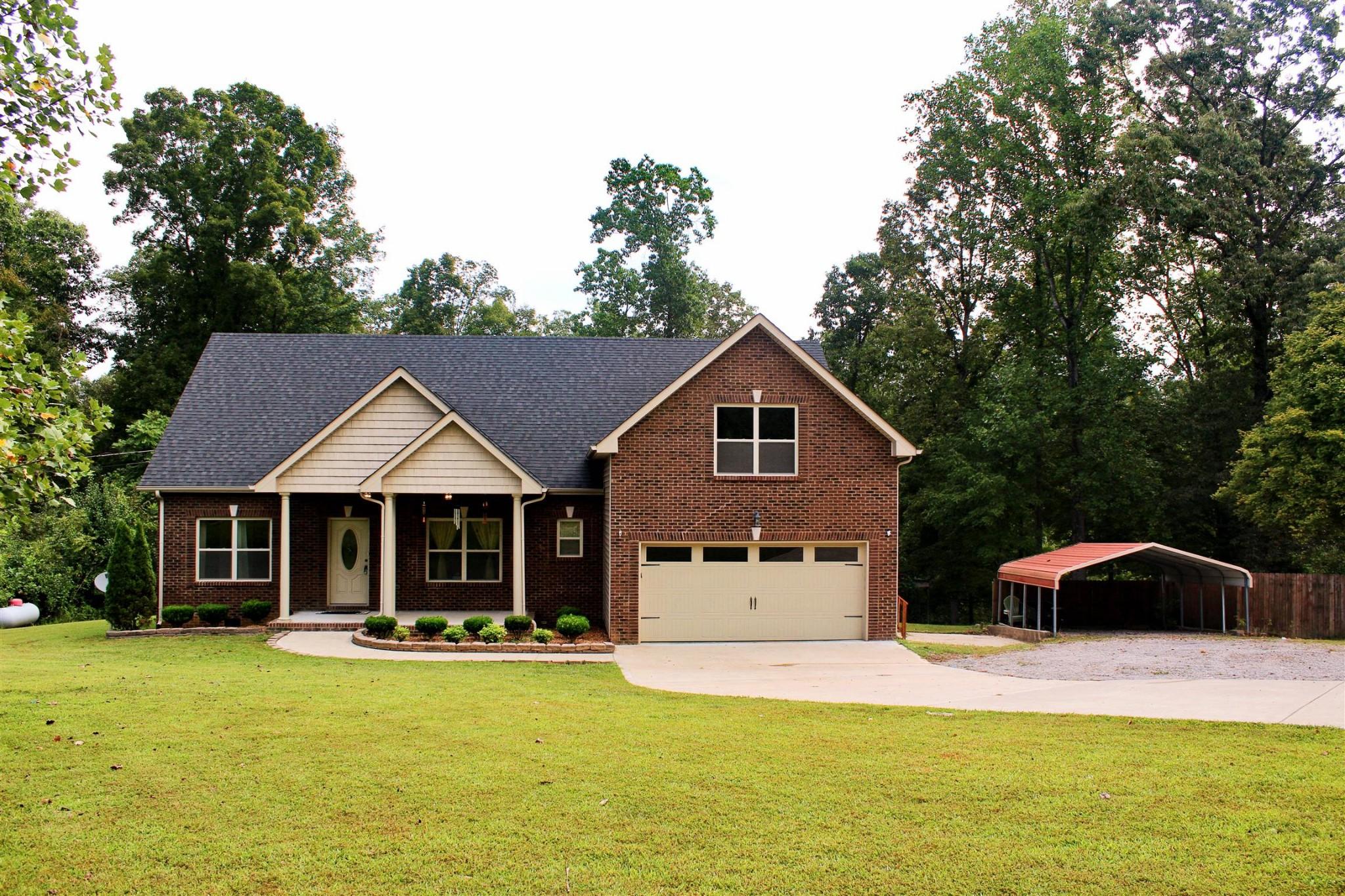 2565 Farms Cir Property Photo - Woodlawn, TN real estate listing