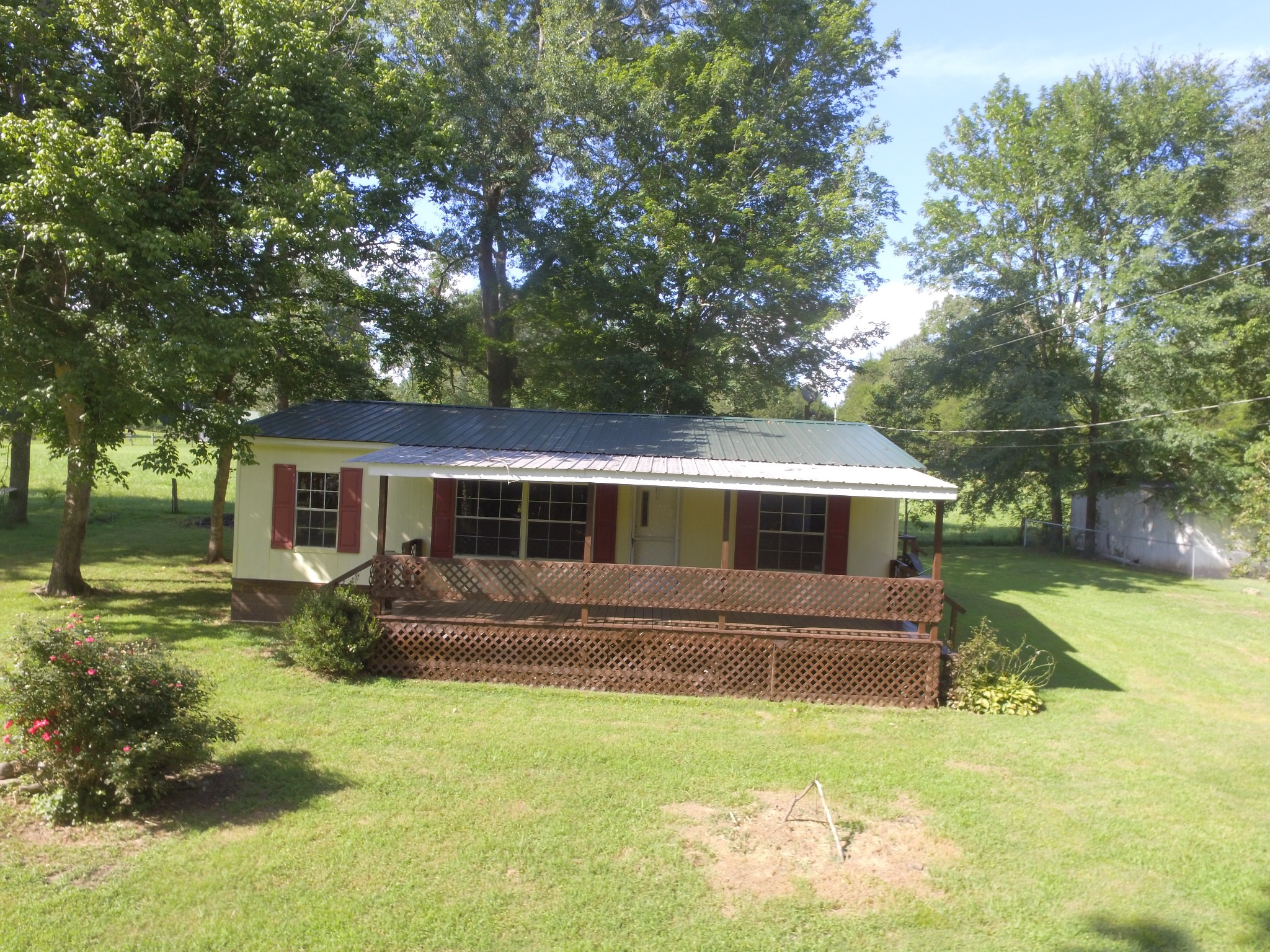 36 Hummingbird Ln Property Photo - Linden, TN real estate listing