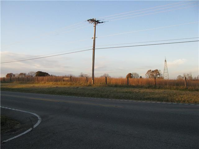 3501 Hwy 96 Property Photo - Burns, TN real estate listing