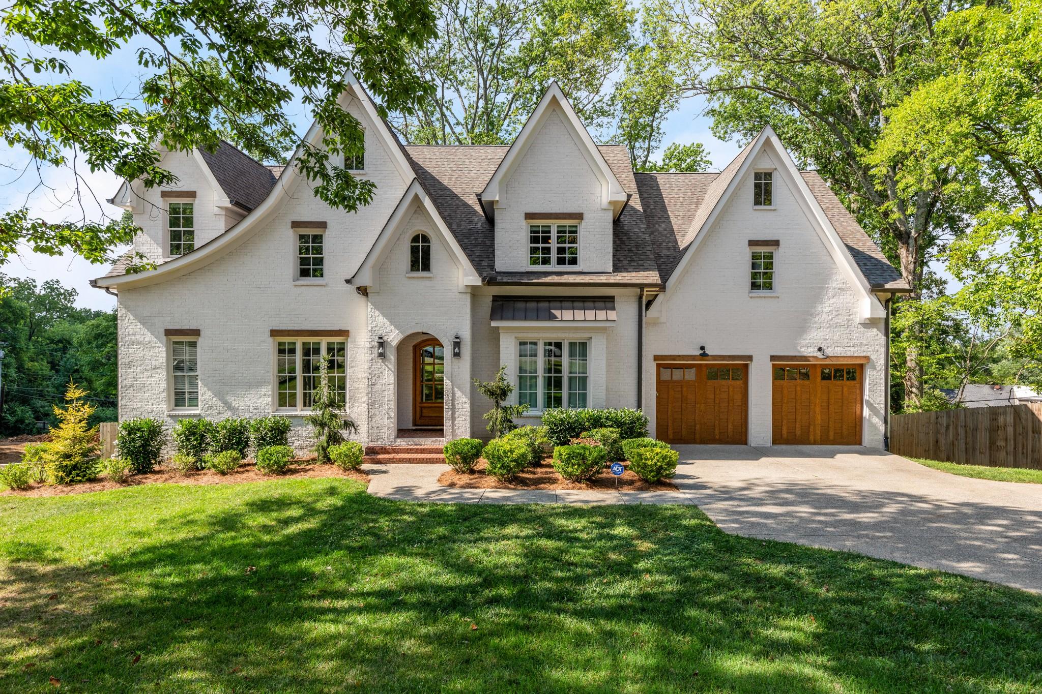 1306 Lone Oak Cir Property Photo