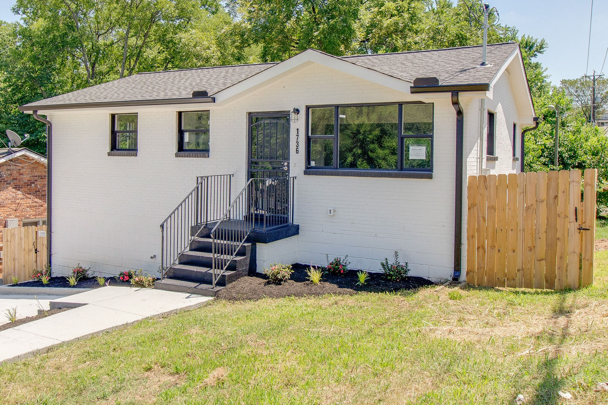 1736 Kellow St Property Photo - Nashville, TN real estate listing