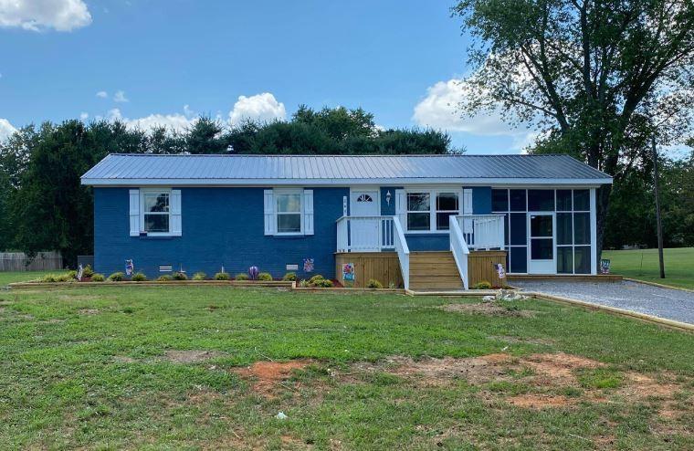 427 Davis St Property Photo - Smithville, TN real estate listing