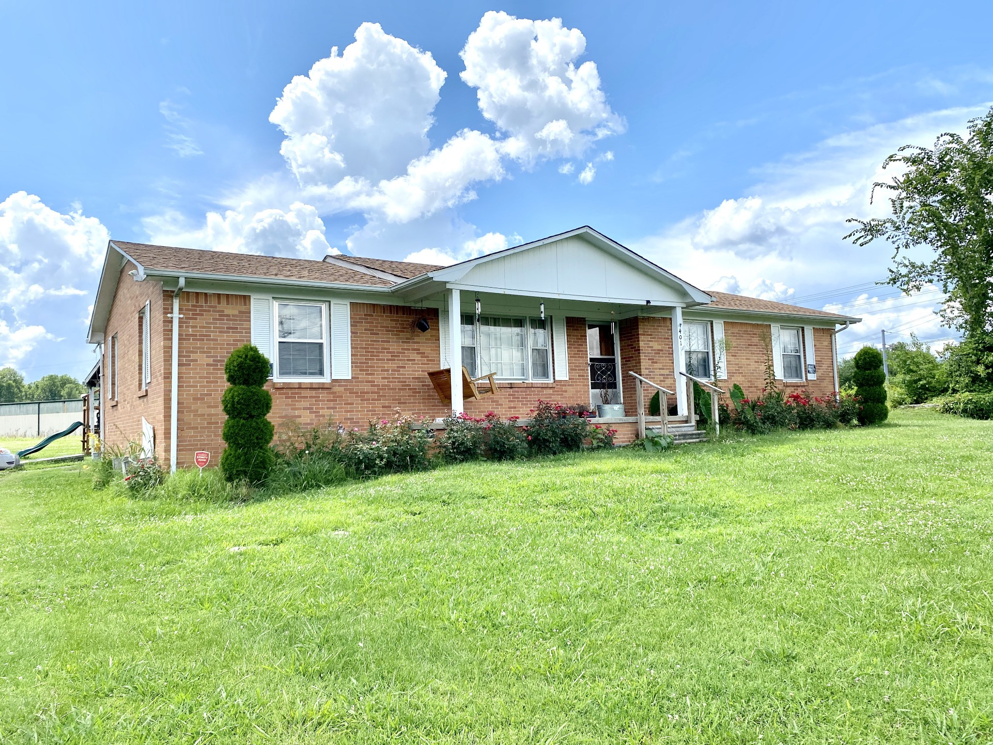 401 Whaley St Property Photo - Smithville, TN real estate listing