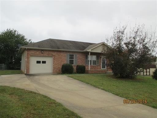 3266 Tabby Drive Property Photo - Clarksville, TN real estate listing
