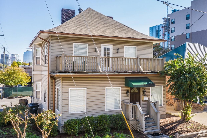 216 19th Ave N Property Photo - Nashville, TN real estate listing