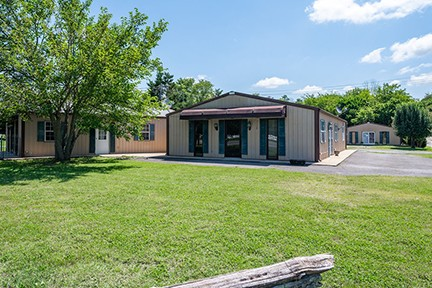 111 Waco Rd Property Photo - Lynnville, TN real estate listing