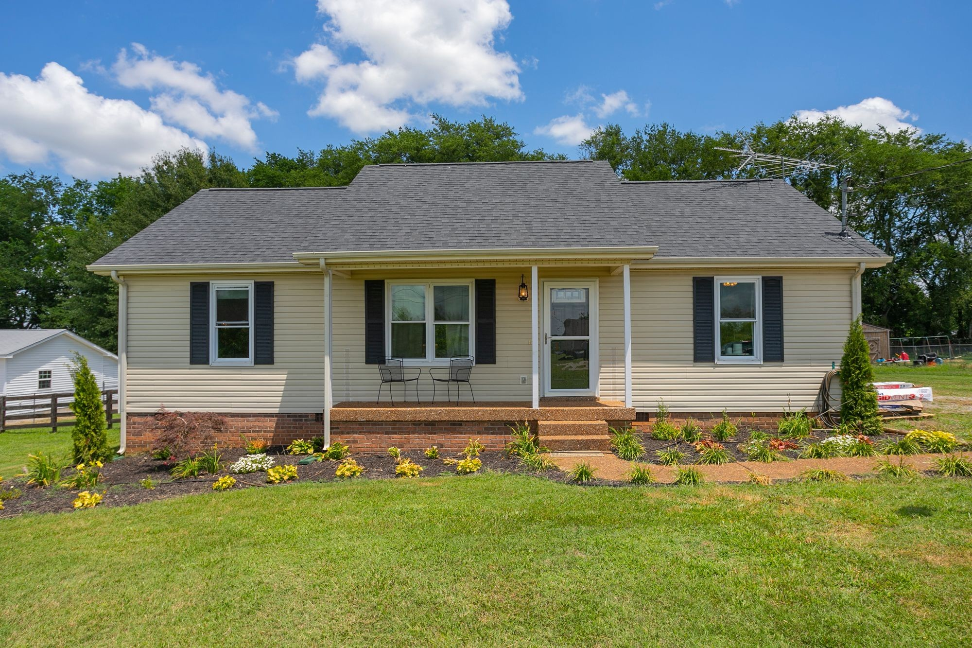 3936 Hearthstone Dr Property Photo - Chapel Hill, TN real estate listing